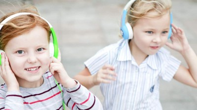 Top 10 Best Headphones for Kids: A Buyer's Guide for 2017