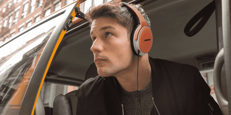 Best Noise Cancelling Earbuds: A 2017 Buyer's Guide