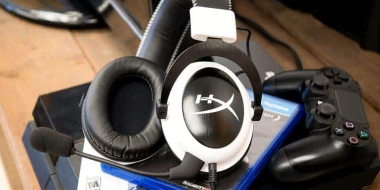 unpacking of the best gaming headset under 100